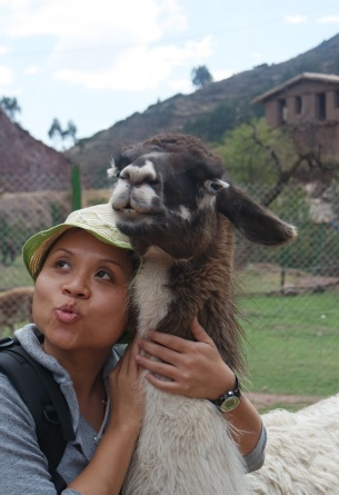 The Llama and me at the Ccochahuasi Animal Sanctuary